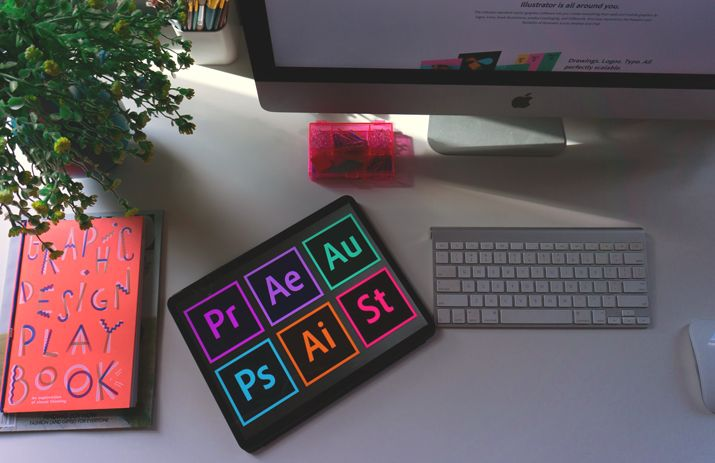 How to become a graphic designer, master graphic design software