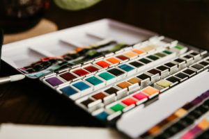 The Best Painting Kits for Beginners